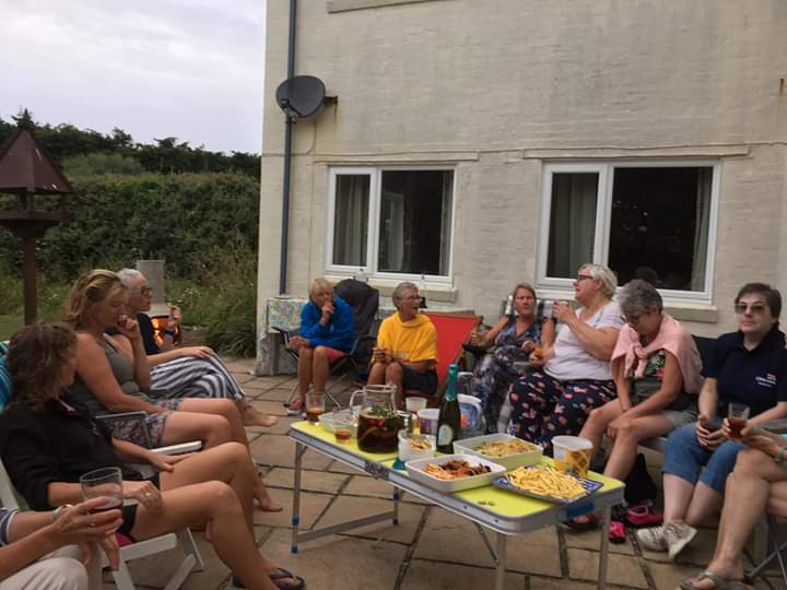 pimms and paddle 10